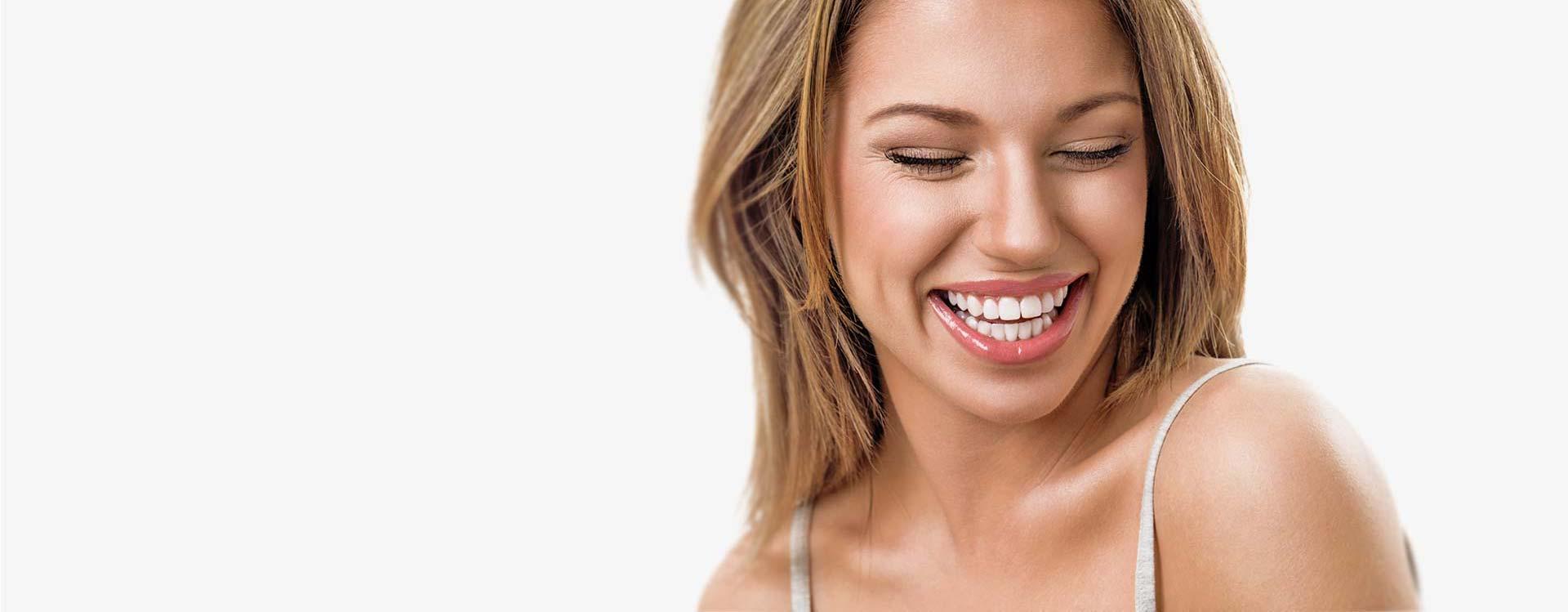 Wiemy co zrobić, <br> byś miał piękny <br> i zdrowy uśmiech.